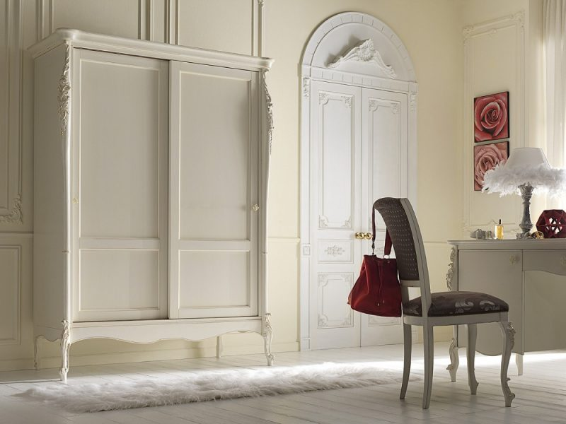 Armadio 2 ante scorrevoli in stile classico, cm. 148x67x204 h. - art. 042