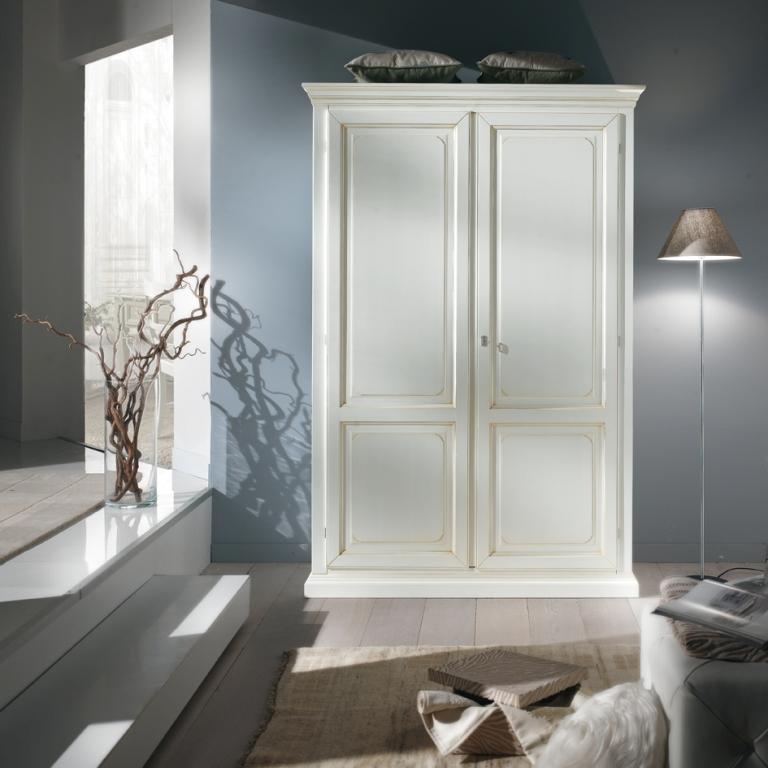 Arredamento zona notte in stile classico dane mobili for Arredamento classico bianco