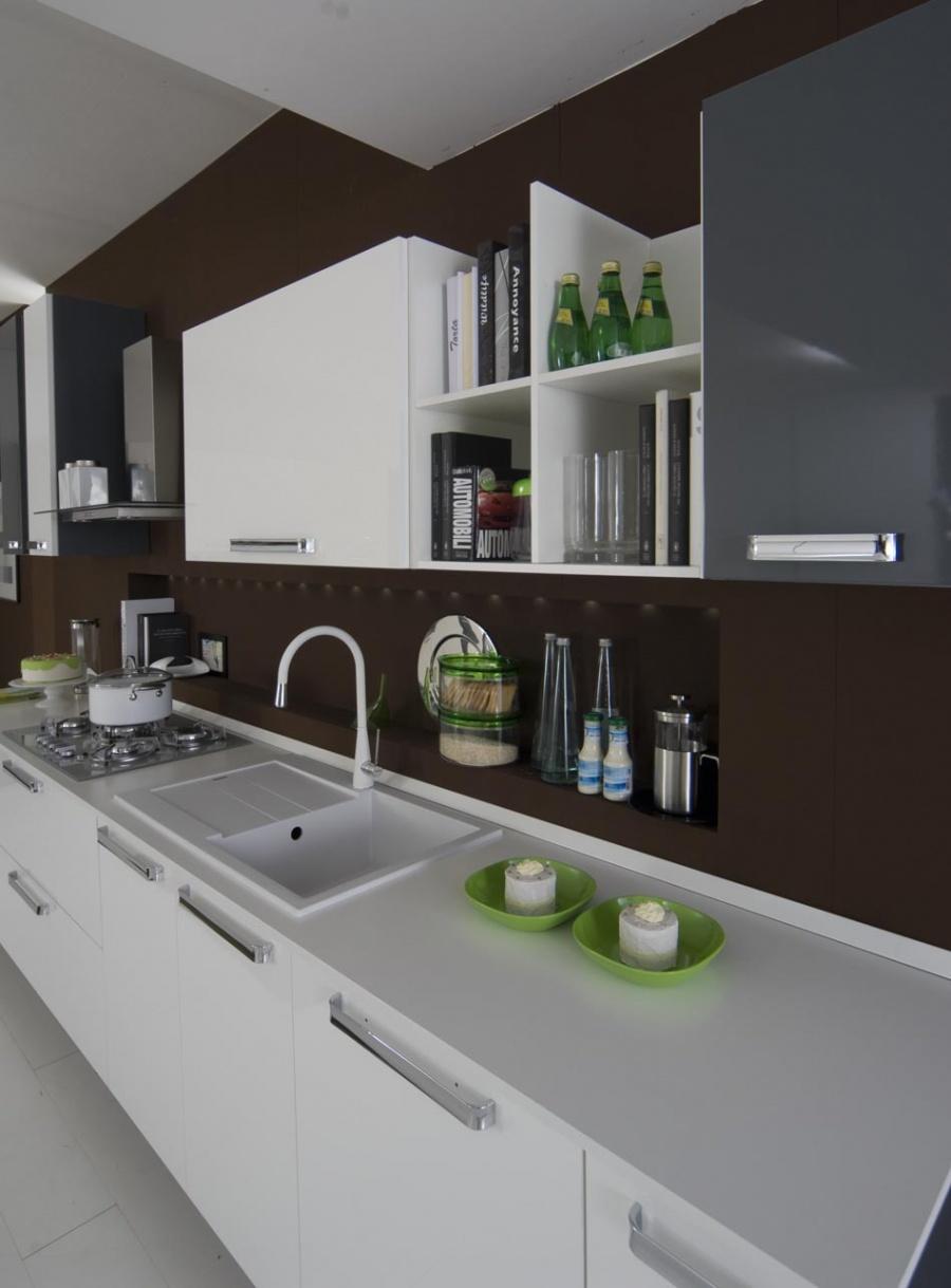 Cucine in stile moderno dane mobili for Cucine in stile
