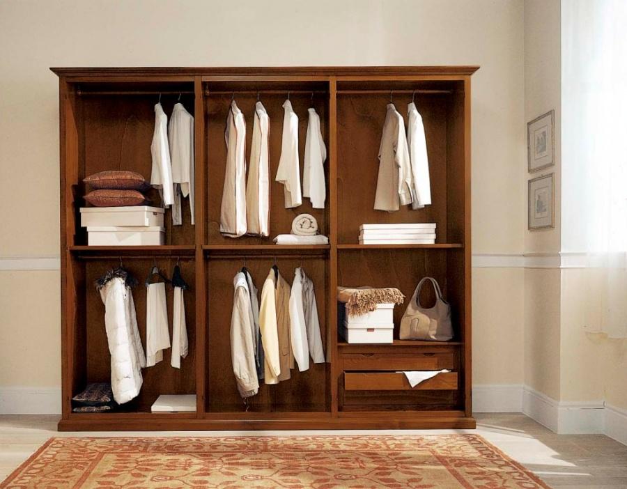 Arredamento zona notte in stile classico dane mobili - Interno armadio ...