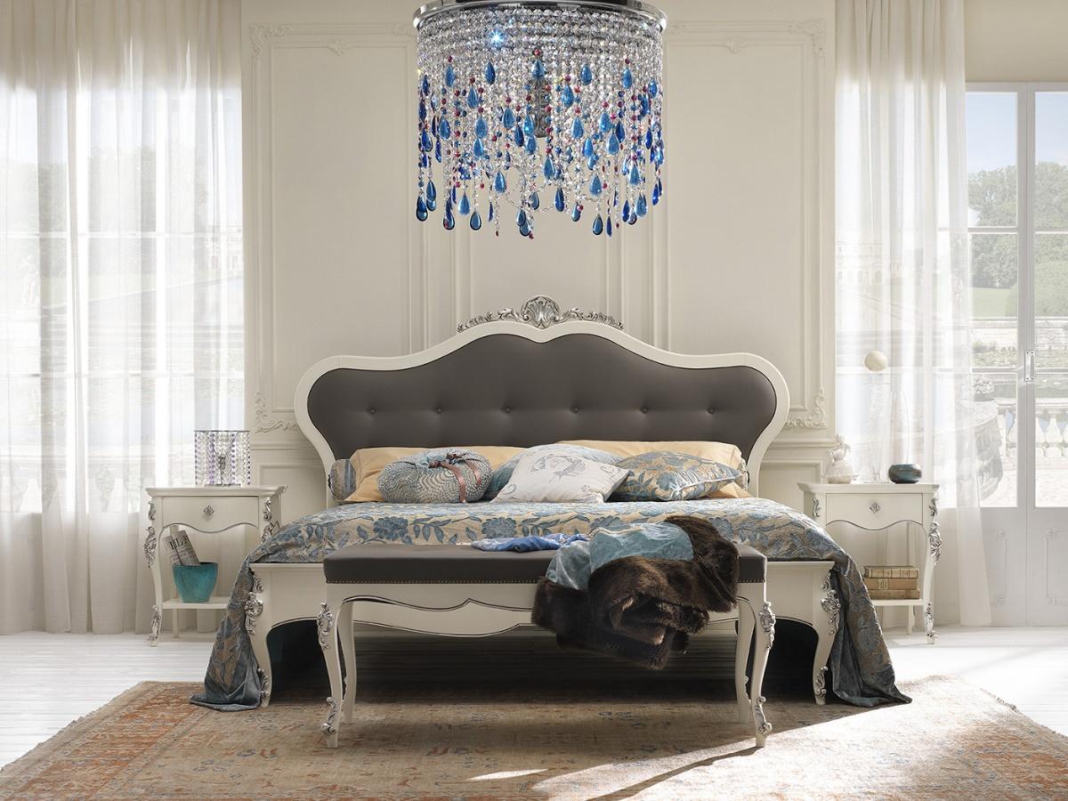 Arredamento zona notte in stile classico dane mobili for Letto stile arti e mestieri