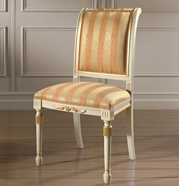 Sedia classica in legno massello struttura laccata bianco for Sedie particolari
