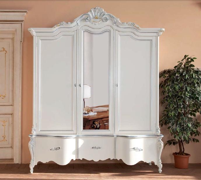 Arredamento zona notte in stile classico dane mobili for Mobili stile barocco moderno