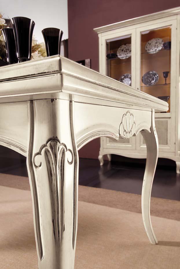 Tavoli e sedie in stile classico dane mobili - Deco mobili tavoli e sedie ...